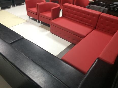 Диван комфорт без подлокотников из экокожи для бара ресторана клуба кафе офиса