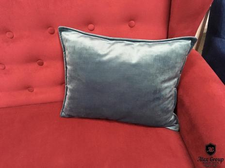 Подушка для дивана