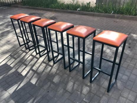 Барный стул в кафе ресторан бар