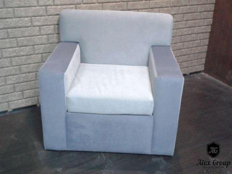 Кресло квадратное для ресторанов и баров мягкое